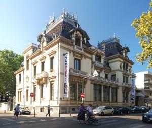 1207px-Institut_Lumière_Lyon